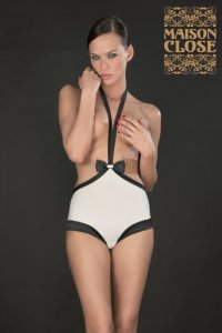 Cabaret Smoking Shorty mit Harness Maison Close