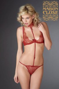 Jardin Imperial Rouge Harness Maison Close