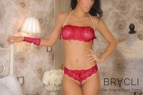 Bracli Ebony Your Night String
