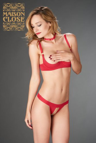 Tapage Nocturne rouge String ouvert Maison Close